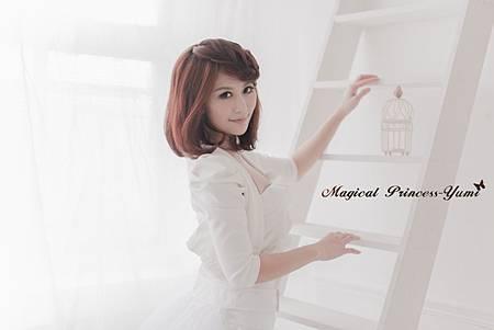 美女魔術師Yumi