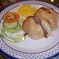 澳門茶餐廳--豬扒包17元.bmp