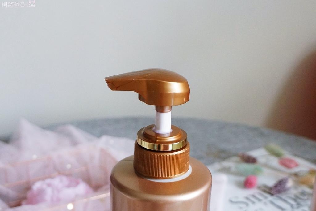 飛柔精油香氛洗髮精+潤髮乳5.JPG