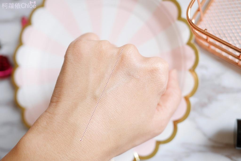 植村秀 極保濕輕感防護乳、花瓣肌粉亮粉底液、#55零刷痕粉底刷 粉紅限量版、秒定妝控油噴霧8.JPG