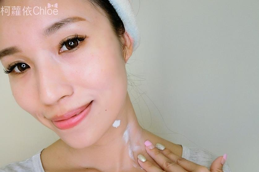 L'egere蘭吉兒光透白水感防護素顏霜、光透白雪肌素顏霜24.JPG