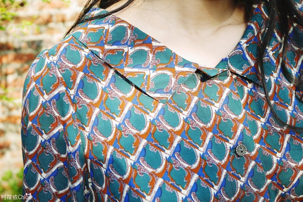 復古綠圓綁帶長袖雪紡洋裝5.JPG