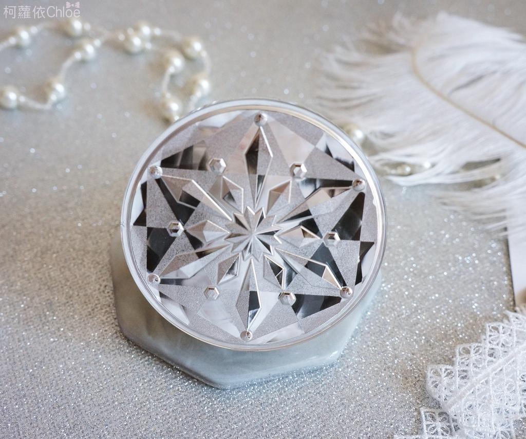 雪肌精CC絲絨雪粉餅9.JPG