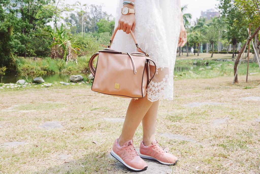 微甜輕運動時尚穿搭 New Balance 520 復古運動鞋 女鞋 粉紅 WL520AA_17.JPG