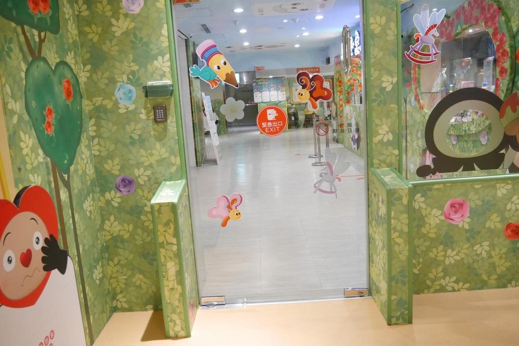 親子景點 親子樂園推薦 玩中學室內遊樂園 騎士堡 台南愛麗絲的家_13.JPG