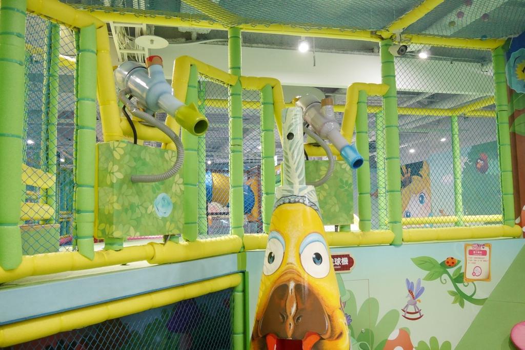 親子景點 親子樂園推薦 玩中學室內遊樂園 騎士堡 台南愛麗絲的家_36.JPG