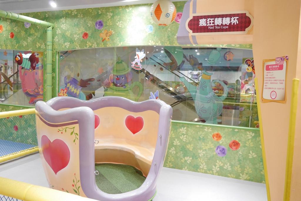 親子景點 親子樂園推薦 玩中學室內遊樂園 騎士堡 台南愛麗絲的家_38.JPG