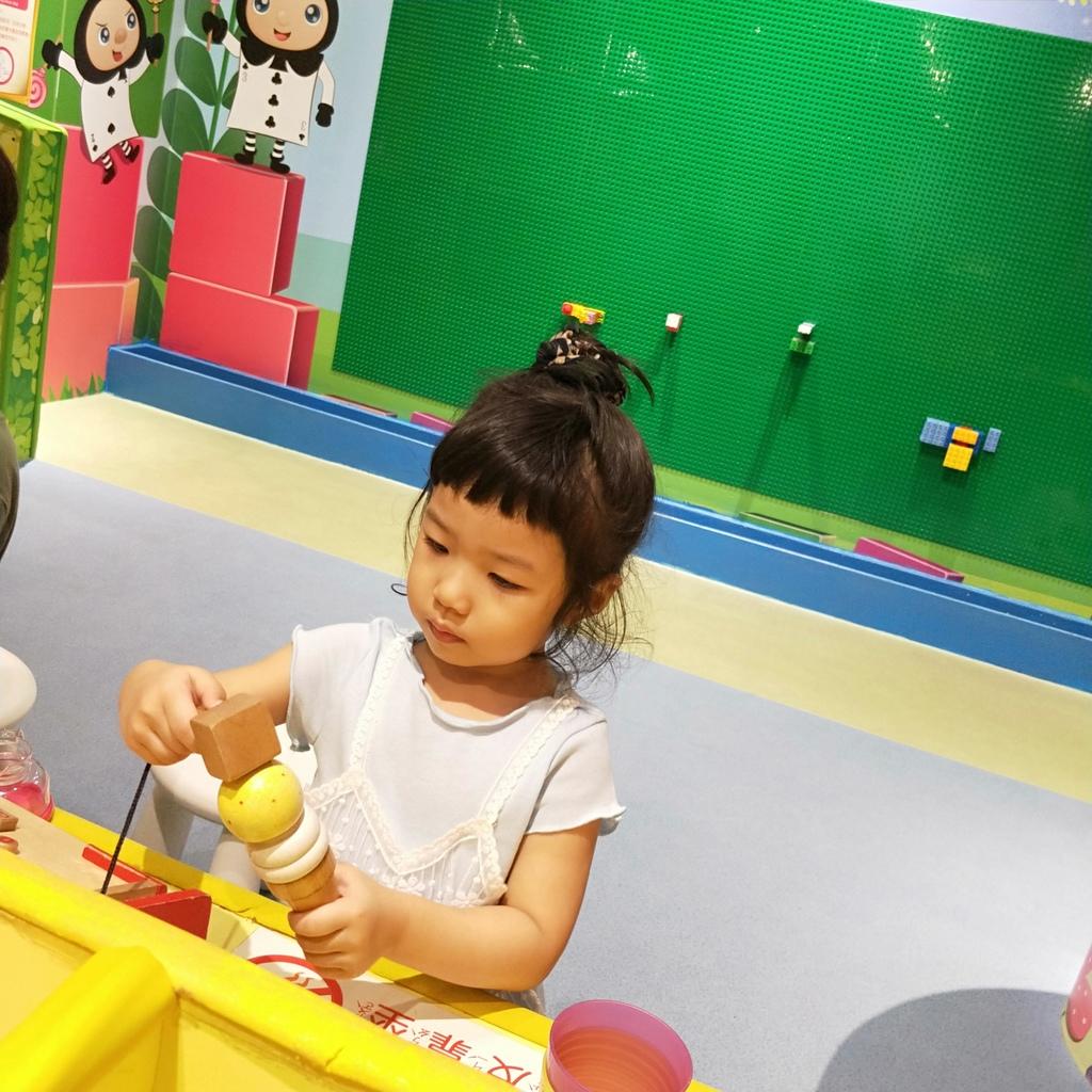 親子景點 親子樂園推薦 玩中學室內遊樂園 騎士堡 台南愛麗絲的家_55.jpg