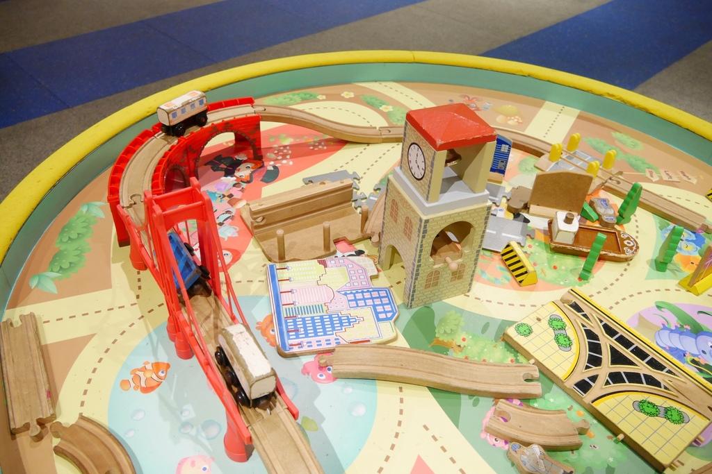 親子景點 親子樂園推薦 玩中學室內遊樂園 騎士堡 台南愛麗絲的家_58.JPG