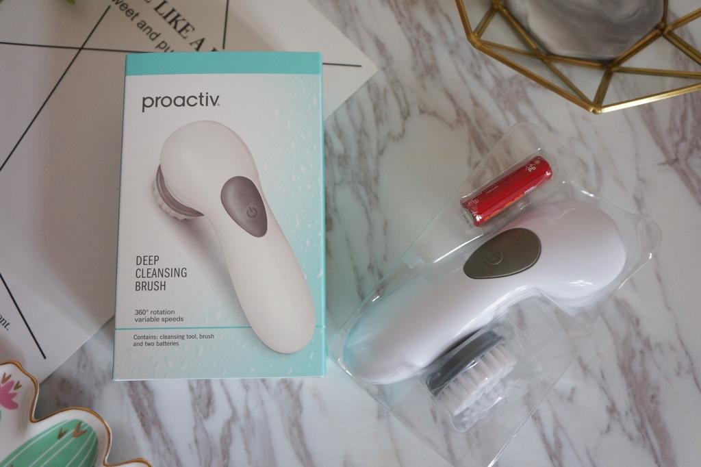 proactiv+明星三步組深層清潔洗臉機6.JPG