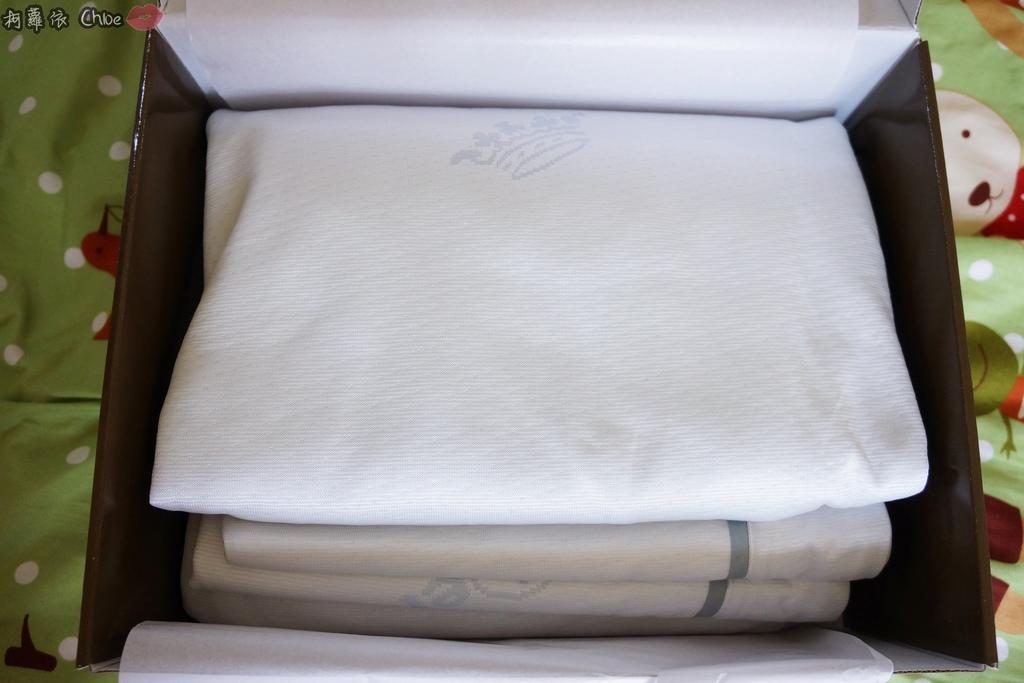 德瑞克名床Coolkuru瞬冰涼感床包4.JPG