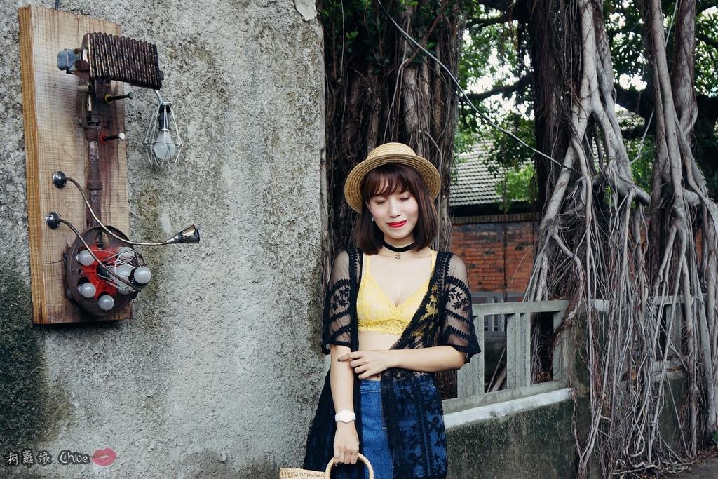 EASYSHOP 歐美流行時尚 無鋼圈夏日減壓內衣Bralette outfits穿出自由與時尚19.JPG