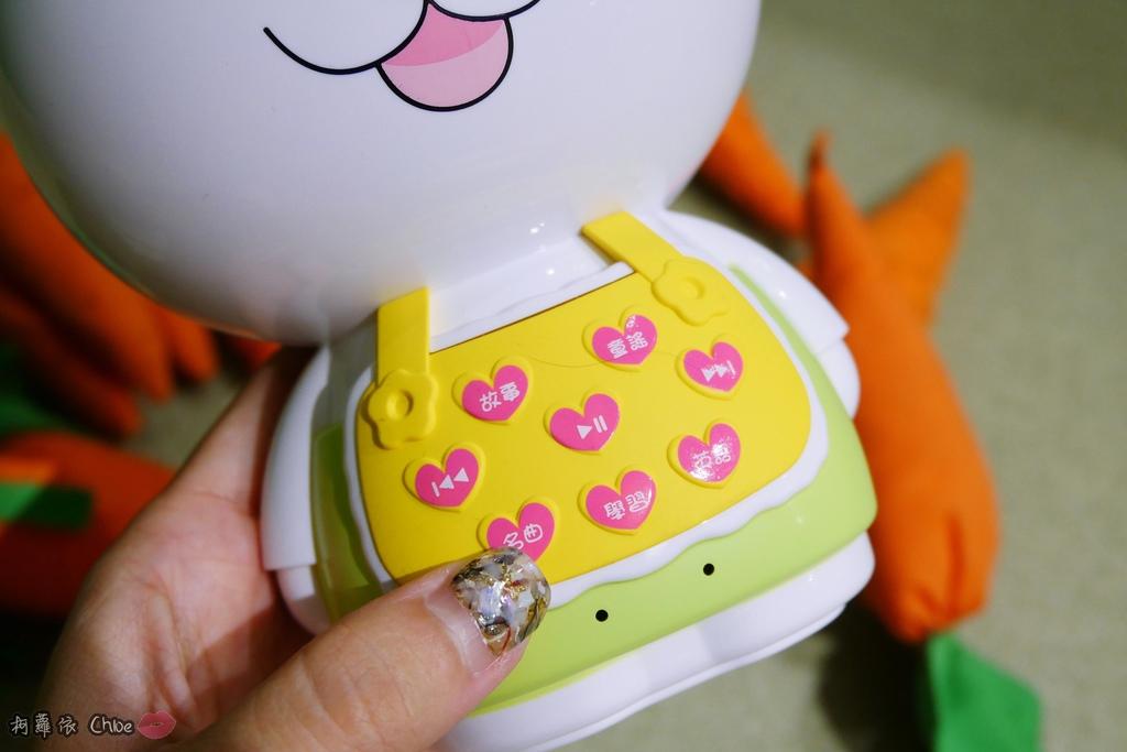 第二代芽比兔故事機(粉紅) + 台灣製造Hello Kitty音樂故事棒 開箱分享14.JPG