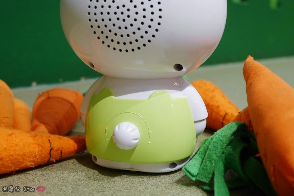 第二代芽比兔故事機(粉紅) + 台灣製造Hello Kitty音樂故事棒 開箱分享16.JPG