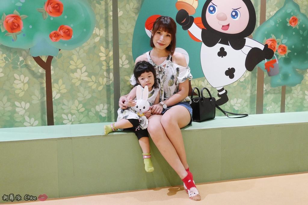 第二代芽比兔故事機(粉紅) + 台灣製造Hello Kitty音樂故事棒 開箱分享31.JPG