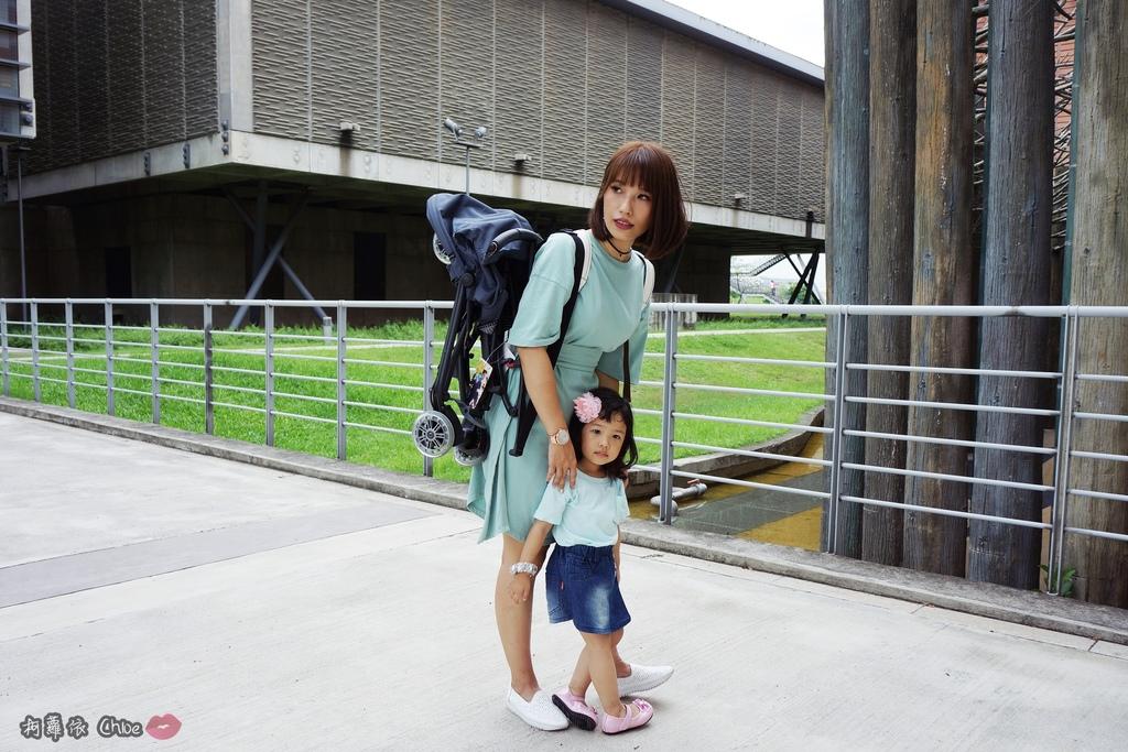 荷蘭Quinny 【最咕溜好推的輕巧時尚旅行車Yezz】開箱分享15.JPG