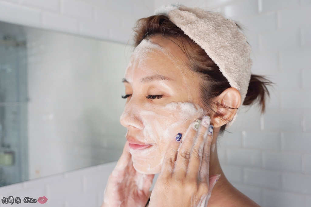 清潔保養 超人氣復古時尚沐浴皂60年好口碑 蜂王黑砂糖香皂 搭起復古風了沒19.JPG