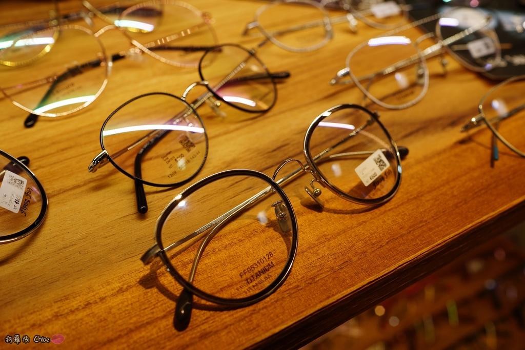 台南眼鏡 時尚穿搭必備!眼鏡就到仁愛眼鏡Xoptical享受親切服務 快時尚 一家配鏡全省服務9.JPG