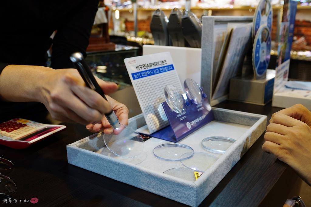 台南眼鏡 時尚穿搭必備!眼鏡就到仁愛眼鏡Xoptical享受親切服務 快時尚 一家配鏡全省服務19.JPG