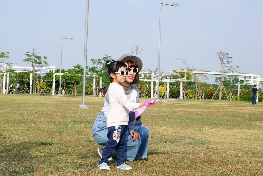 穿搭 讓寶貝穿得舒適又好看!時尚潮流姊妹裝Hallmark Babies潮流寶寶服飾系列21.JPG