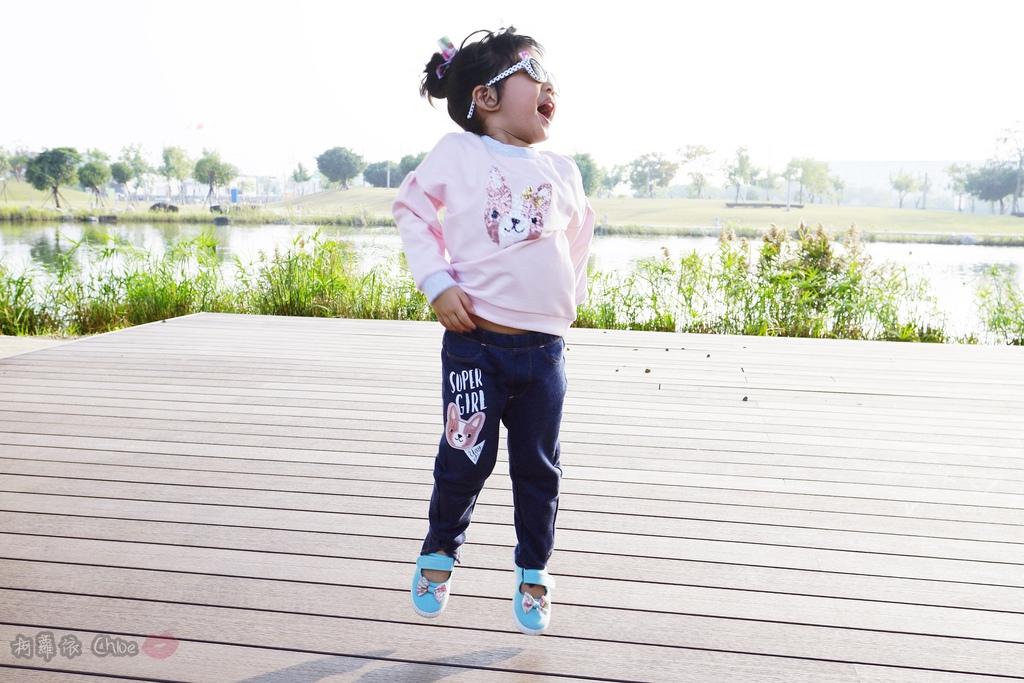 穿搭 讓寶貝穿得舒適又好看!時尚潮流姊妹裝Hallmark Babies潮流寶寶服飾系列33.JPG