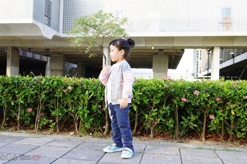 穿搭 讓寶貝穿得舒適又好看!時尚潮流姊妹裝Hallmark Babies潮流寶寶服飾系列40.JPG