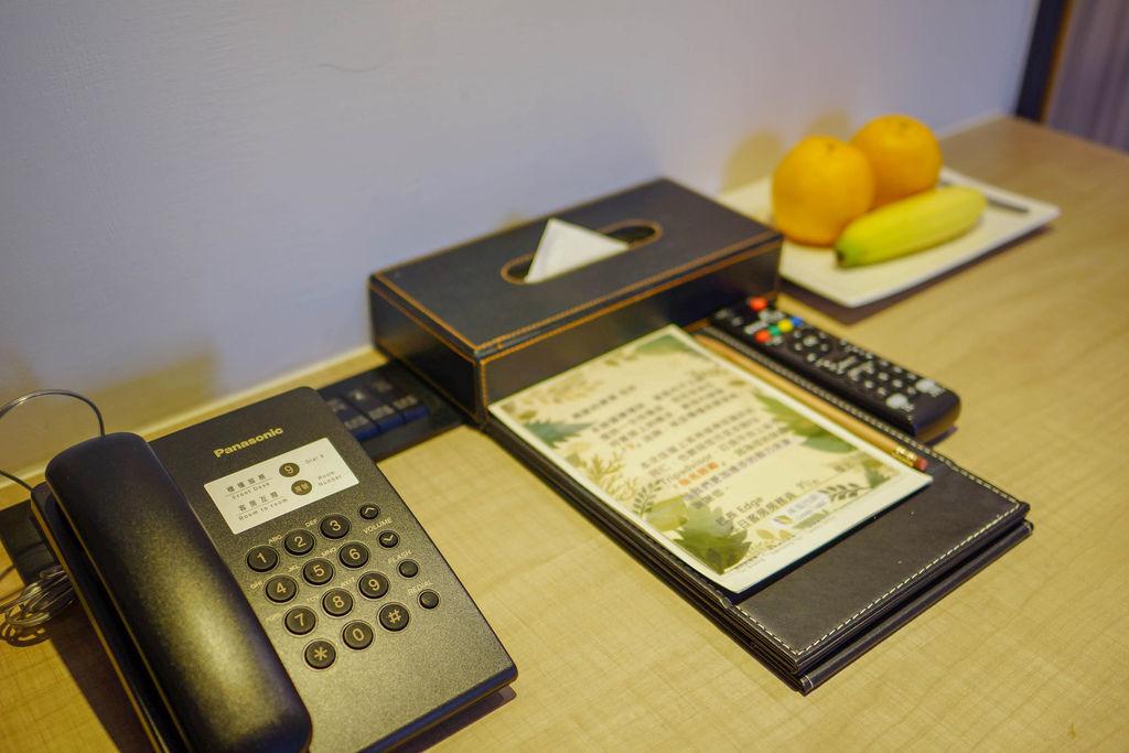 台中草悟道住宿 綠宿行旅Green Hotel 環保旅店榮獲三星級 LED心之光牆放煙火親子互動更有趣49A.jpg