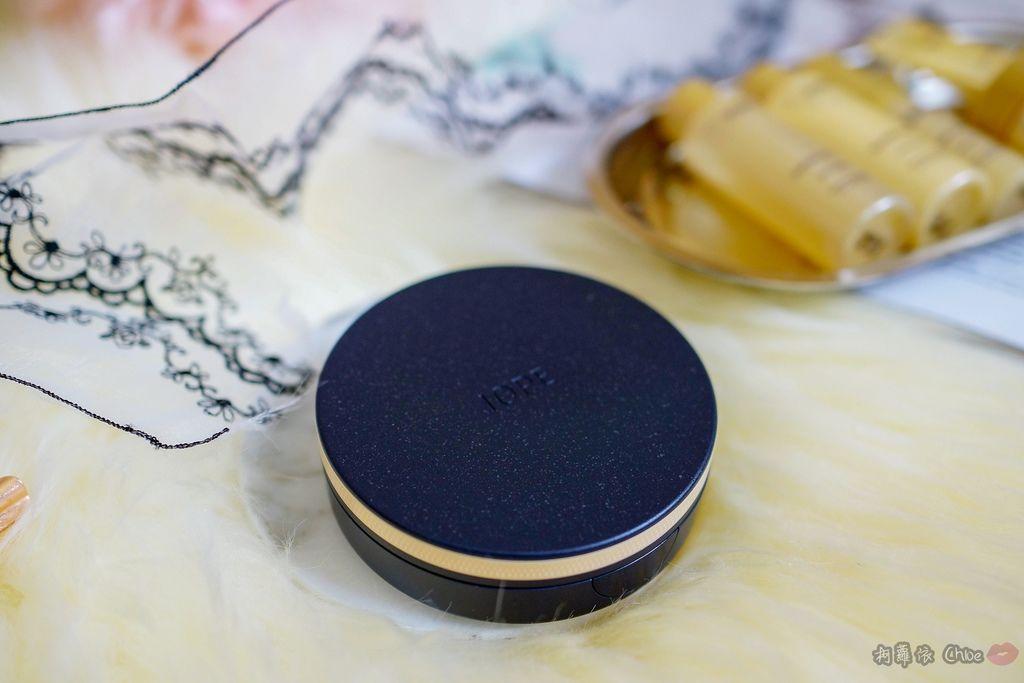 韓劇歐膩般的光潤肌 IOPE艾諾碧 完美恆采持色氣墊粉底 時光金鑰緻顏全套體驗組3.jpg