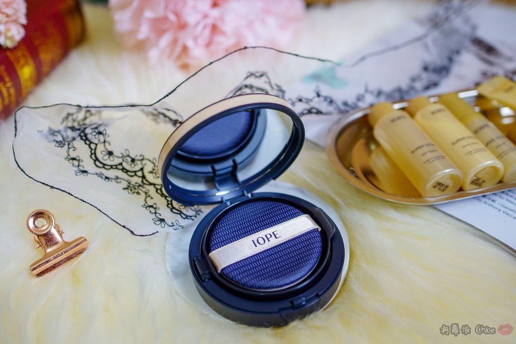 韓劇歐膩般的光潤肌 IOPE艾諾碧 完美恆采持色氣墊粉底 時光金鑰緻顏全套體驗組6.jpg