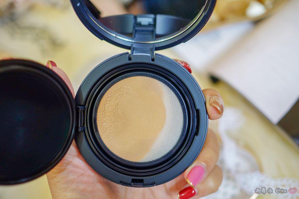 韓劇歐膩般的光潤肌 IOPE艾諾碧 完美恆采持色氣墊粉底 時光金鑰緻顏全套體驗組8.jpg