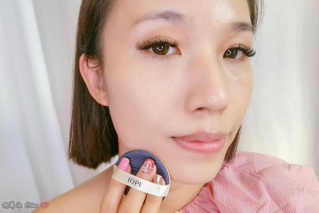 韓劇歐膩般的光潤肌 IOPE艾諾碧 完美恆采持色氣墊粉底 時光金鑰緻顏全套體驗組13.jpg