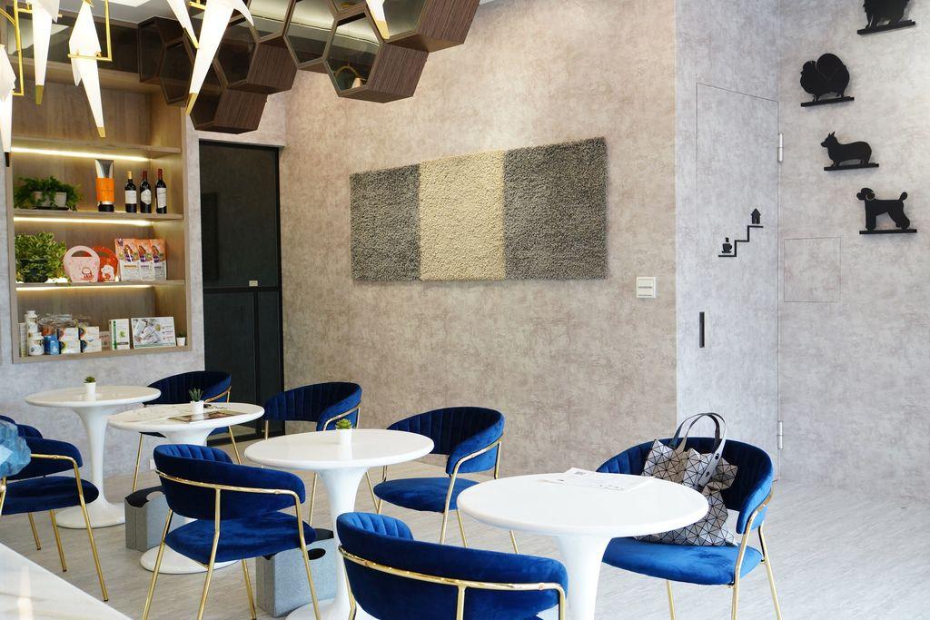 高雄 Cafedog寵物沙龍 寵物美容x網美咖啡廳複合店 優質服務和時尚空間 給毛小孩舒適SPA美容3.JPG