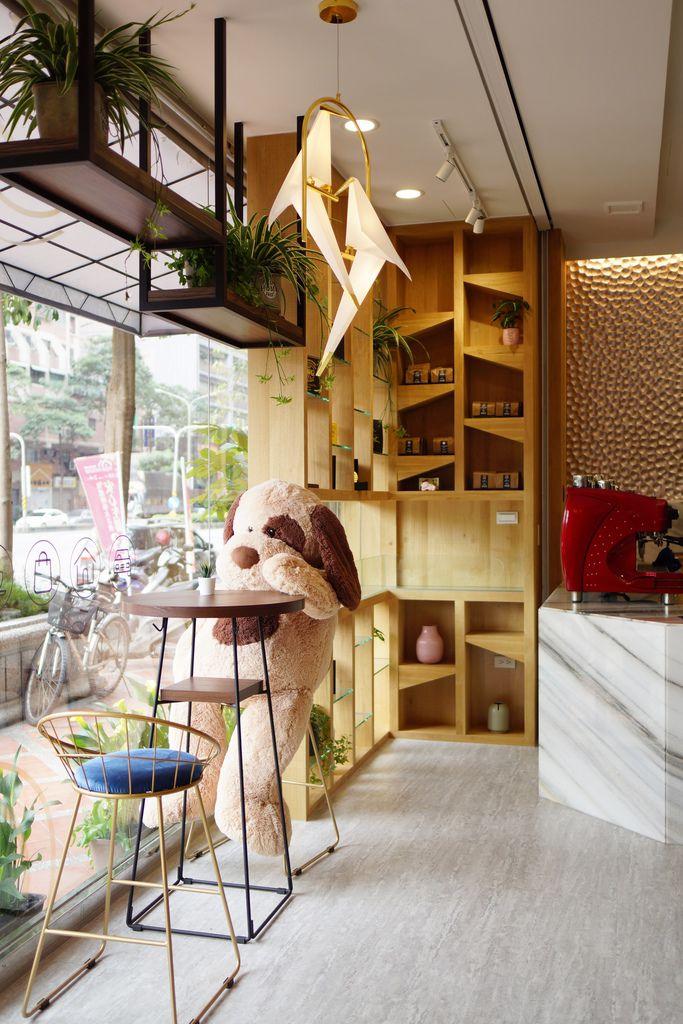 高雄 Cafedog寵物沙龍 寵物美容x網美咖啡廳複合店 優質服務和時尚空間 給毛小孩舒適SPA美容17.JPG