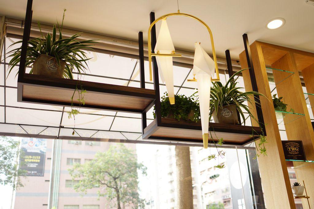 高雄 Cafedog寵物沙龍 寵物美容x網美咖啡廳複合店 優質服務和時尚空間 給毛小孩舒適SPA美容19.JPG