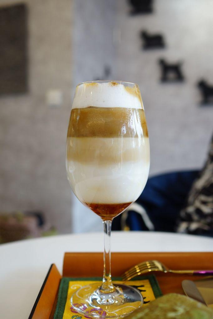高雄 Cafedog寵物沙龍 寵物美容x網美咖啡廳複合店 優質服務和時尚空間 給毛小孩舒適SPA美容35.JPG