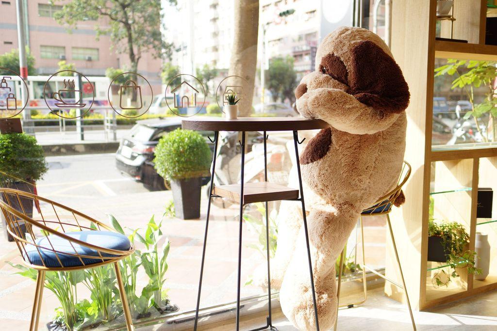高雄 Cafedog寵物沙龍 寵物美容x網美咖啡廳複合店 優質服務和時尚空間 給毛小孩舒適SPA美容44.JPG