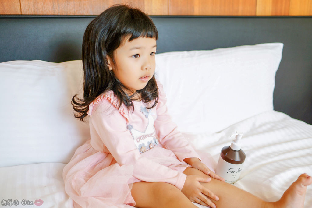 乳液推薦 水潤清爽感!全家人一起用 日本For fam Body lotion大容量保濕身體乳10.jpg