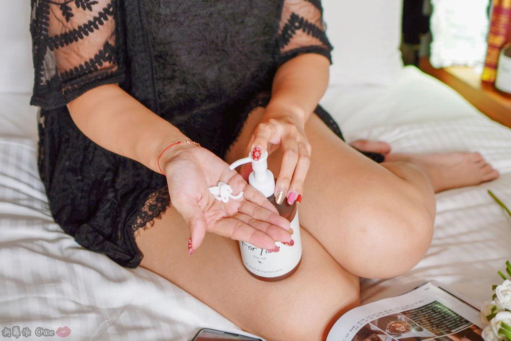 乳液推薦 水潤清爽感!全家人一起用 日本For fam Body lotion大容量保濕身體乳11.jpg