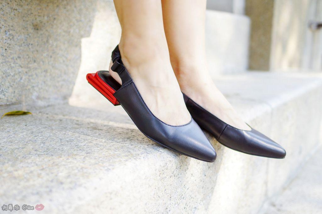 LOOKBOOK 個性女孩穿搭首選 MISS 21 獨特創意方形夾心尖頭全真皮低跟鞋 開箱%26;穿搭分享12.jpg