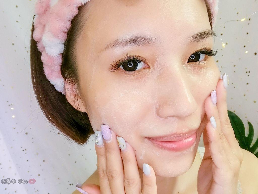 讓人愛上的超水感卸妝油!防水彩妝輕鬆卸hers skincare 她的秘密山茶花保濕卸妝油18.jpg