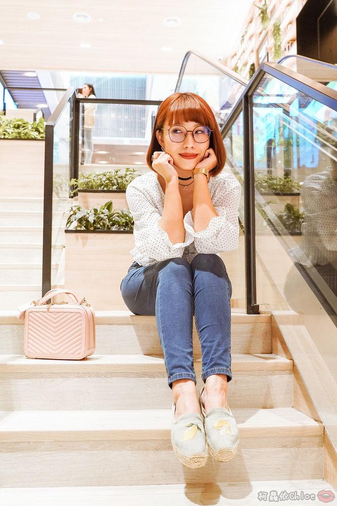 穿搭 修身美型 大動作不卡卡 打造視覺顯瘦感!MARIN 美塑高彈牛仔褲 LOOKBOOK14.jpg