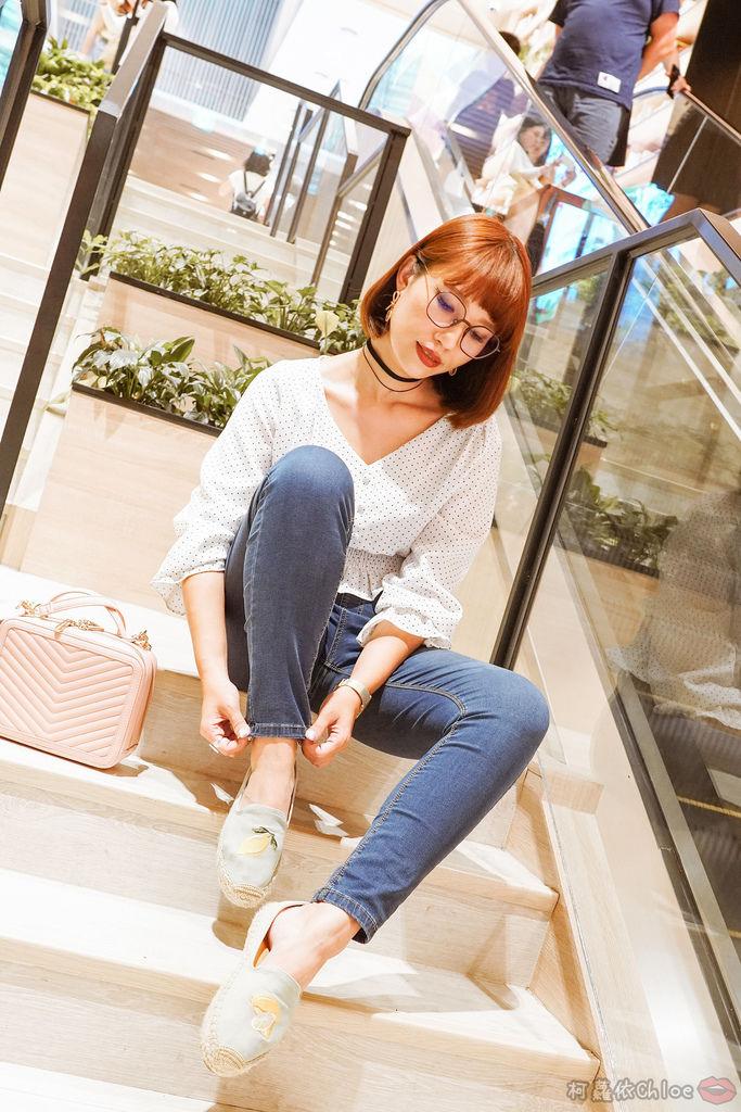 穿搭 修身美型 大動作不卡卡 打造視覺顯瘦感!MARIN 美塑高彈牛仔褲 LOOKBOOK17.jpg