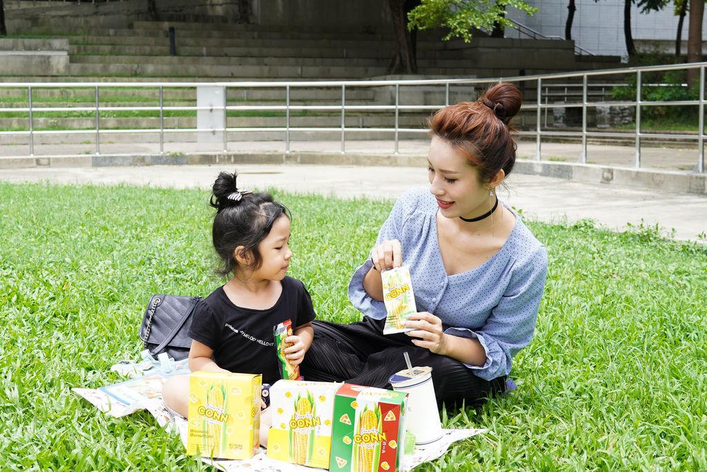 點心 卡滋卡滋~泰國CONN香脆玉米粒 口感脆而不膩 三款超人氣口味好涮嘴19.jpg