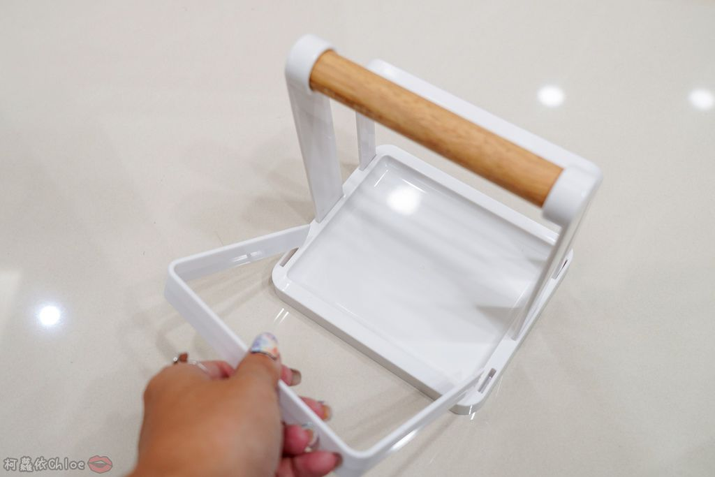 生活 特力屋好物分享 運用空間兼具品味質感的廚房收納 廚具收納架和風砧板立架18.jpg
