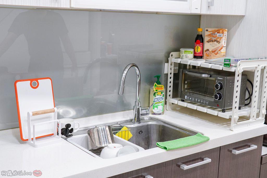 生活 特力屋好物分享 運用空間兼具品味質感的廚房收納 廚具收納架和風砧板立架20.jpg