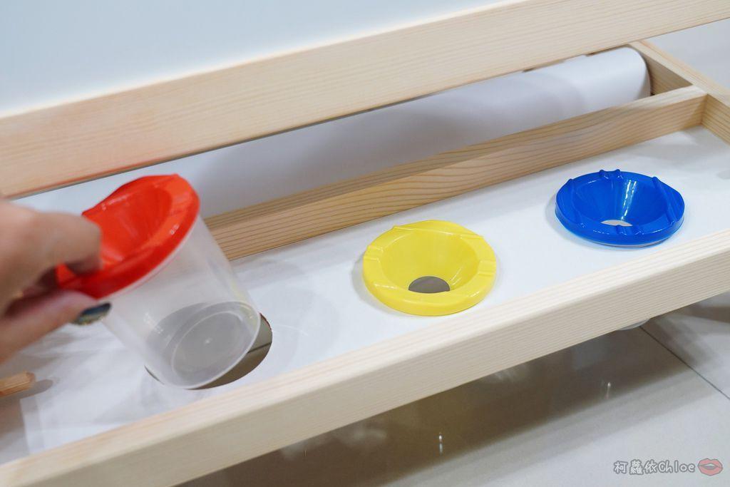 親子好物開箱 Teamson Kids小藝術家梵谷兒童雙面畫架-紅 高質感三用畫板 可調整高度 (限時開團9.jpg