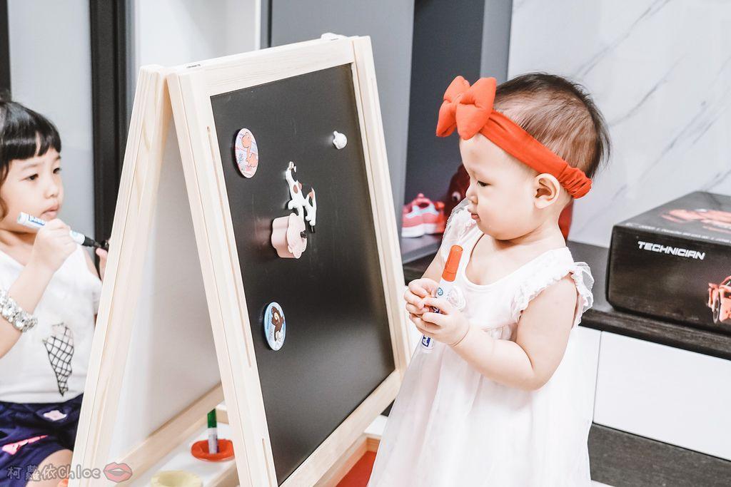 親子好物開箱 Teamson Kids小藝術家梵谷兒童雙面畫架-紅 高質感三用畫板 可調整高度 (限時開團14.jpg