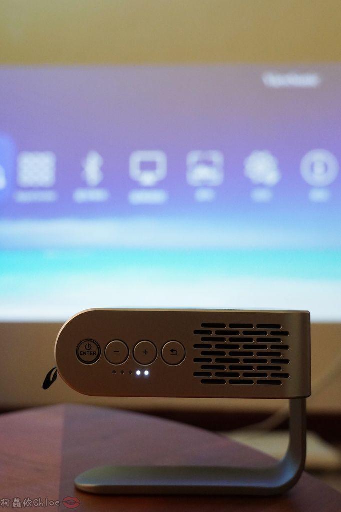 開箱 ViewSonic M1+ WVGA 360度無線巧攜投影機 迷你輕巧實用性超高!無線投影讓我追劇更享受!家庭娛樂、商務、露營適用34.jpg