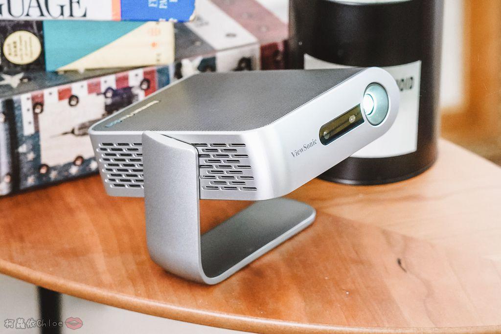 開箱 ViewSonic M1+ WVGA 360度無線巧攜投影機 迷你輕巧實用性超高!無線投影讓我追劇更享受!家庭娛樂、商務、露營適用38.jpg