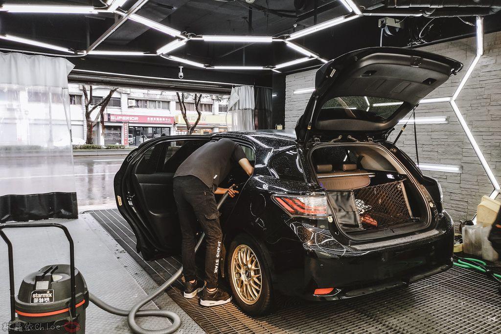 士林汽車美容推薦 MOC墨刻鍍膜 頂級鍍膜工藝 安全無毒 讓愛車亮晶晶 全家出遊超安心18.jpg